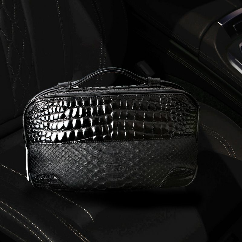 おしゃれな人気ブランドのメンズセカンドバッグは池田工芸のCrocodile Python BuddyBostonBag