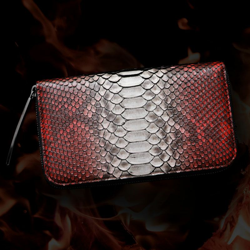 個性的で美しい模様が魅力の蛇革(パイソン)財布 池田工芸 DiamondPython LongWallet フェニックス